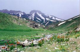 کوه سرفراز قندیل